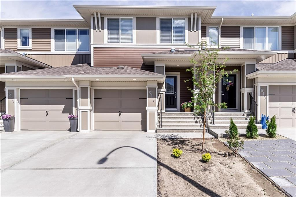 FEATURED LISTING: 617 HILLCREST Road Southwest Airdrie