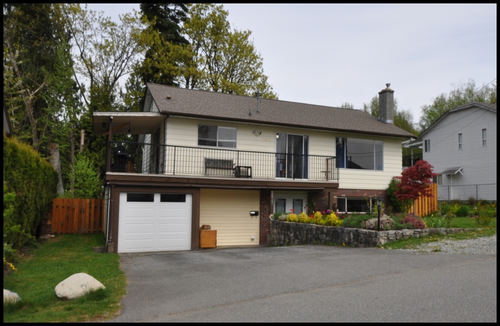 Main Photo: 32547 WILLIAMS Avenue in Mission: Mission BC House for sale : MLS® # F1011285