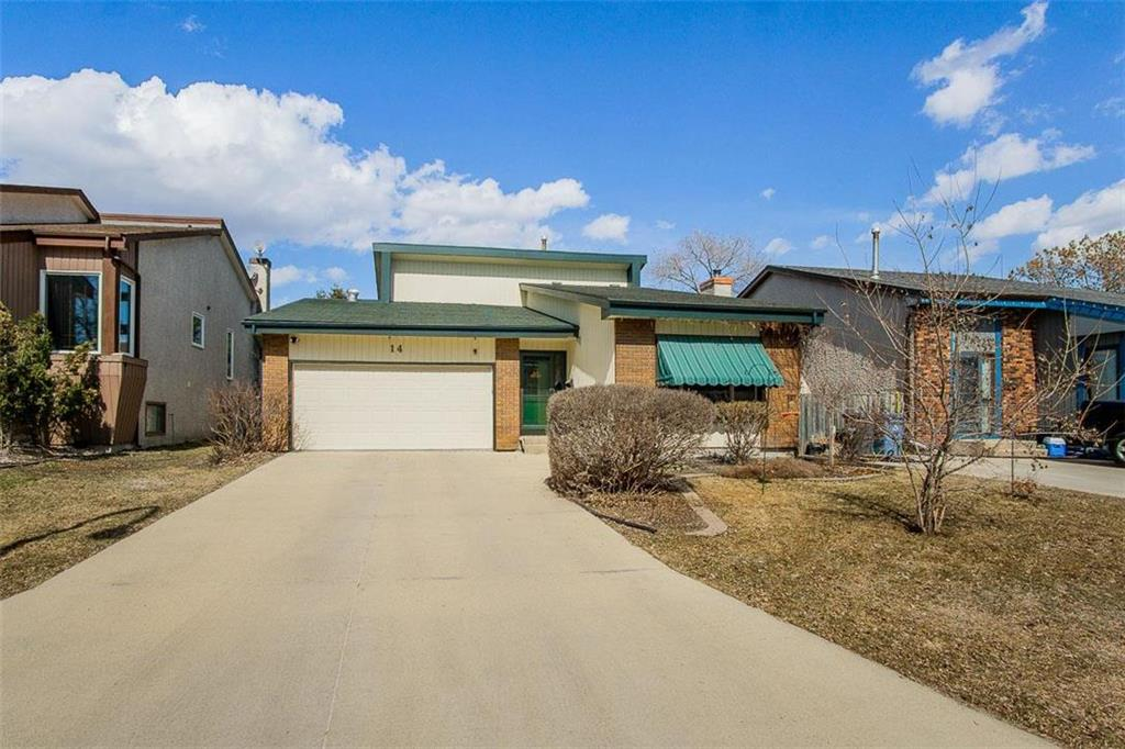 FEATURED LISTING: 14 Southlawn Stroll Winnipeg