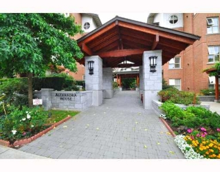 "Main Photo: 2115 4625 VALLEY Drive in Vancouver: Quilchena Condo for sale in ""Alexandra House"" (Vancouver West)  : MLS® # V783258"
