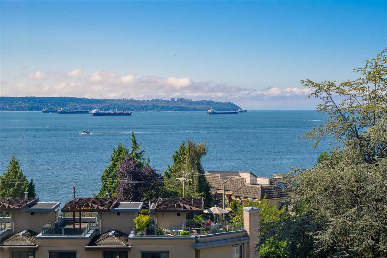 FEATURED LISTING: 602 - 2167 BELLEVUE Avenue West Vancouver