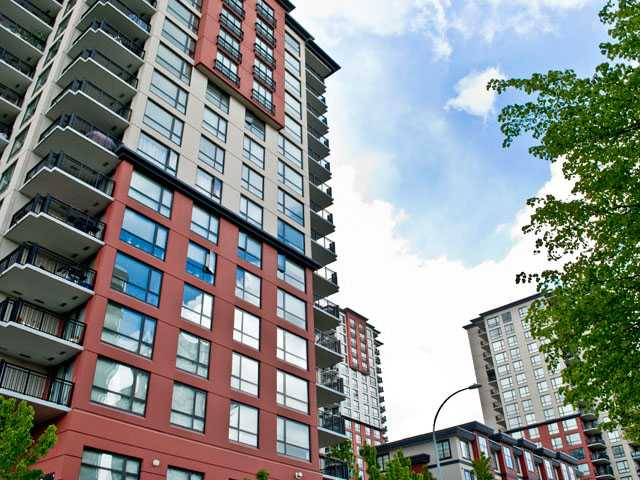 FEATURED LISTING: 302 - 833 AGNES Street New Westminster