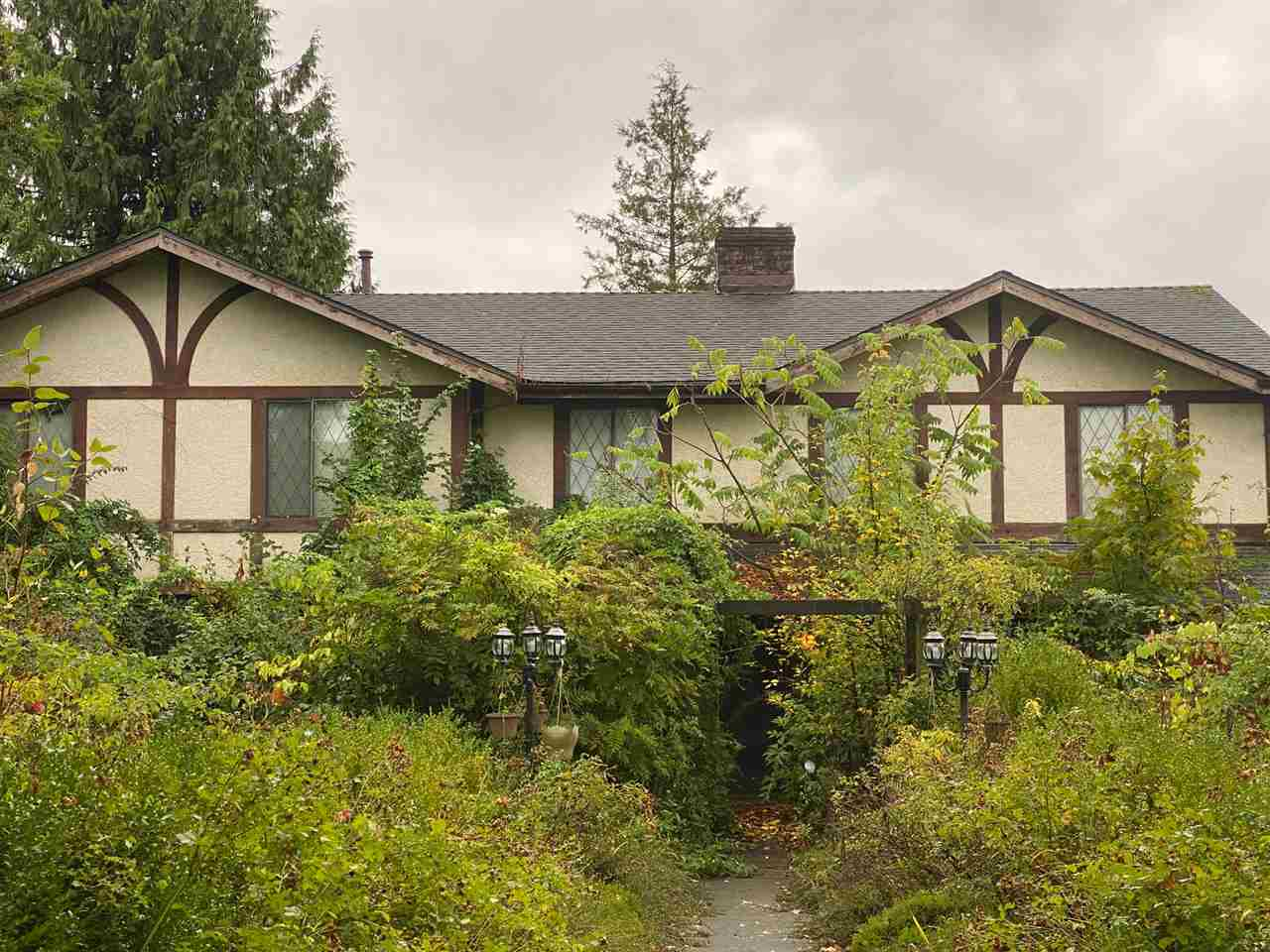 FEATURED LISTING: 18536 64 Avenue Surrey