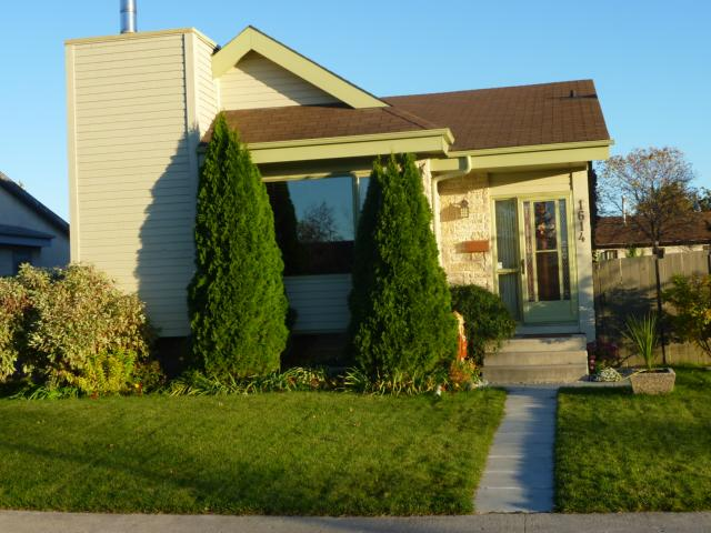 Main Photo: 1614 Concordia Avenue East in WINNIPEG: North Kildonan Residential for sale (North East Winnipeg)  : MLS® # 1019317