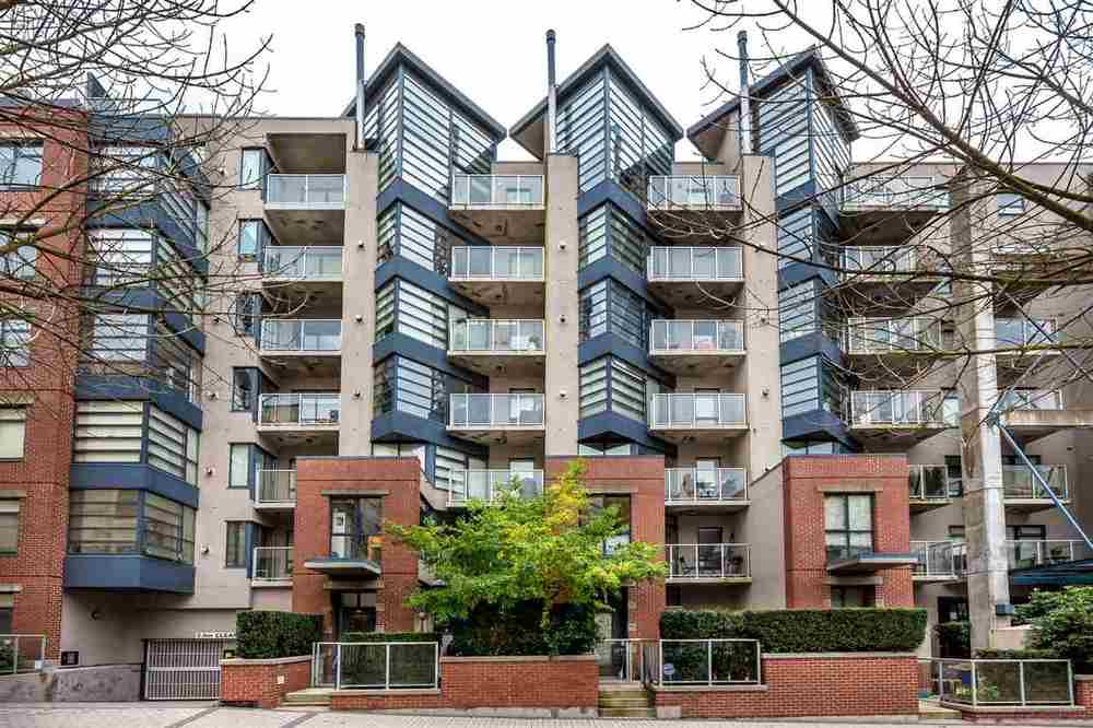 FEATURED LISTING: 504 - 2228 MARSTRAND AVENUE Vancouver West
