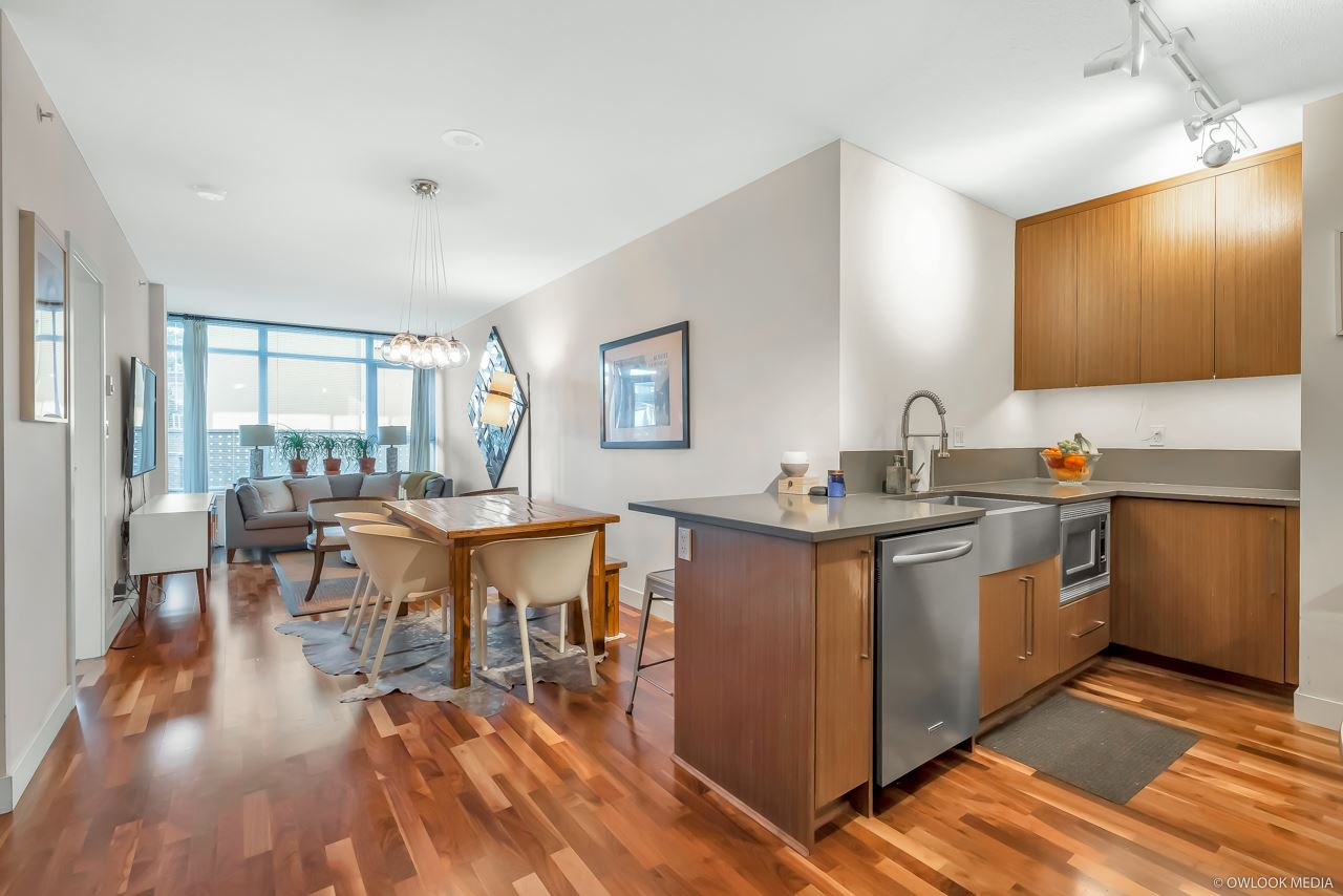 FEATURED LISTING: 206 - 251 7TH Avenue East Vancouver