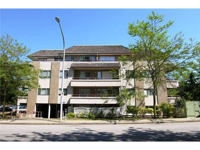 FEATURED LISTING: 402 - 6388 MARLBOROUGH Avenue Burnaby