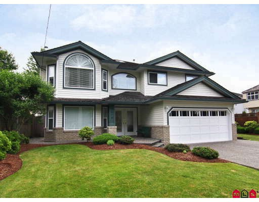 Main Photo: 9074 206TH Street in Langley: Walnut Grove House for sale : MLS®# F2913741