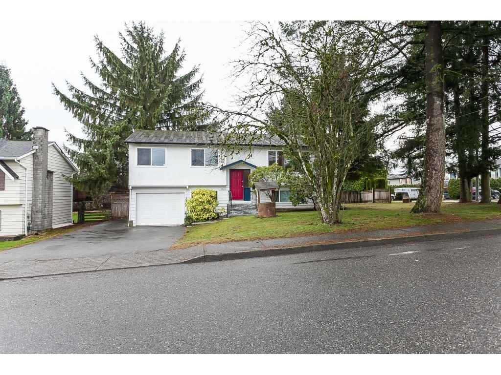 FEATURED LISTING: 26440 29 Avenue Langley