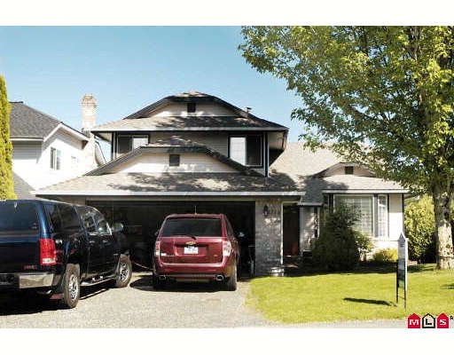 "Main Photo: 8734 214TH Street in Langley: Walnut Grove House for sale in ""FOREST HILLS"" : MLS®# F2911416"