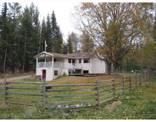 Main Photo: 22550 CHIEF LAKE Road in Prince George: Nukko Lake House for sale (PG Rural North (Zone 76))  : MLS® # N196134