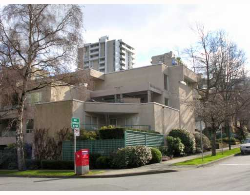 "Main Photo: 407 1345 COMOX Street in Vancouver: West End VW Condo for sale in ""TIFFANY COURT"" (Vancouver West)  : MLS® # V755728"