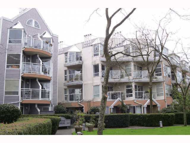 "Main Photo: 213 2010 W 8TH Avenue in Vancouver: Kitsilano Condo for sale in ""AUGUSTINE GARDENS"" (Vancouver West)  : MLS® # V816532"
