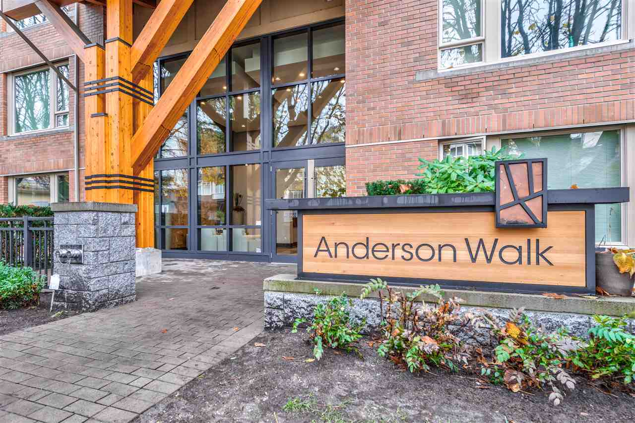 FEATURED LISTING: 401 119 22ND Street West North Vancouver