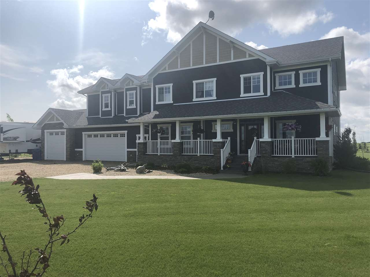 FEATURED LISTING: 56112 Rge. Rd. 254 Rural Sturgeon County
