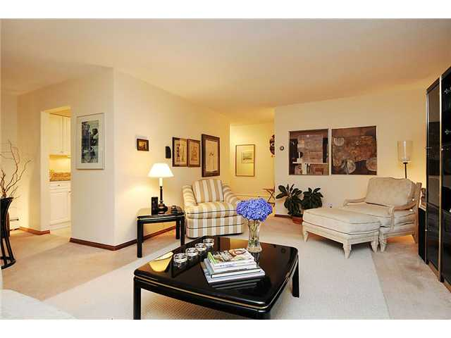Main Photo: 4 5585 OAK Street in Vancouver: Shaughnessy Condo for sale (Vancouver West)  : MLS® # V845083