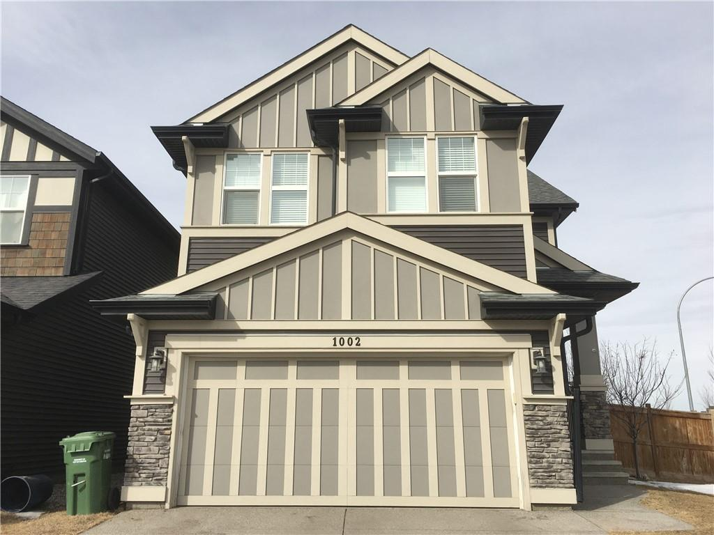 FEATURED LISTING: 1002 KINGS HEIGHTS Way Southeast Airdrie