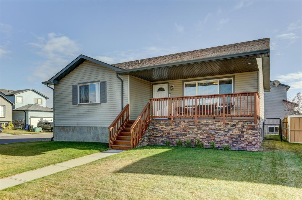 FEATURED LISTING: 541 Carriage Lane Drive Carstairs