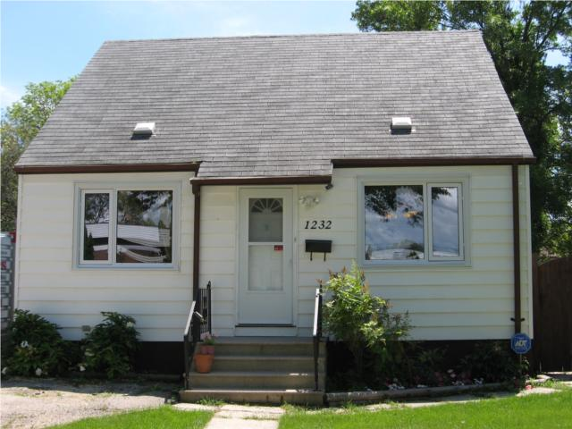 Photo 1: 1232 Windermere Avenue in WINNIPEG: Manitoba Other Residential for sale : MLS® # 1012947