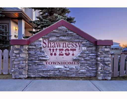 Main Photo: 36 SHAWBROOKE Court SW in CALGARY: Shawnessy Townhouse for sale (Calgary)  : MLS® # C3401716