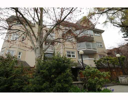 "Main Photo: 406 1515 E 6TH Avenue in Vancouver: Grandview VE Condo for sale in ""WOODLAND TERRACE"" (Vancouver East)  : MLS®# V760676"