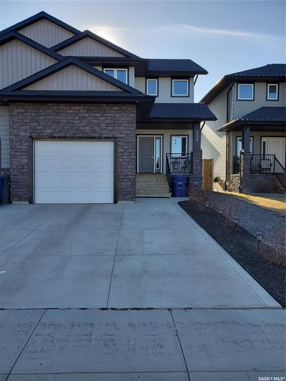 FEATURED LISTING: 539 Maple Crescent Warman