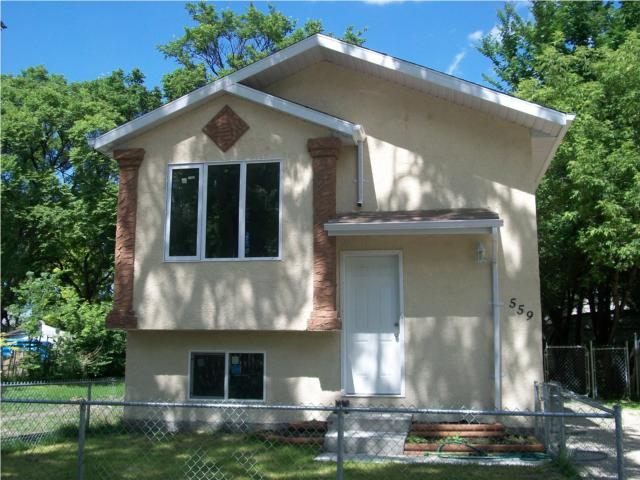 Main Photo: 559 BURROWS Avenue in WINNIPEG: North End Residential for sale (North West Winnipeg)  : MLS® # 1014462
