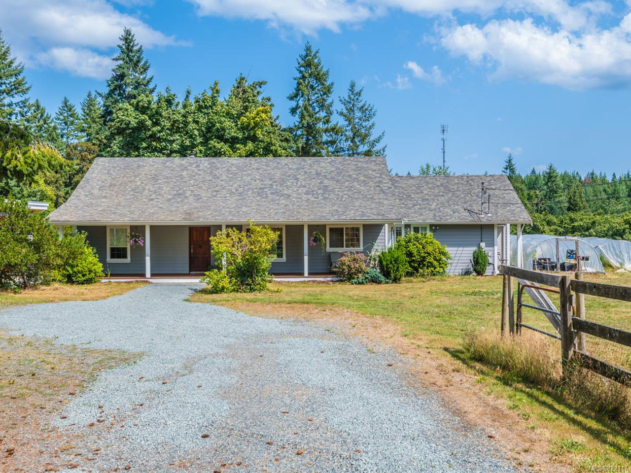 FEATURED LISTING: 3390 HENRY ROAD CHEMAINUS