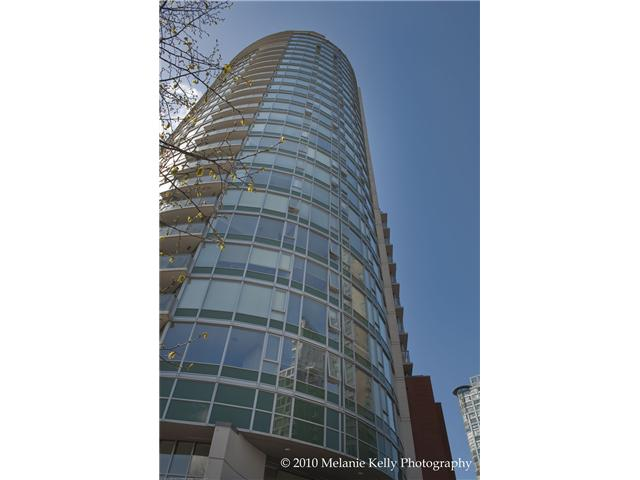 "Main Photo: 709 58 KEEFER Place in Vancouver: Downtown VW Condo for sale in ""FIRENZE"" (Vancouver West)  : MLS®# V820185"