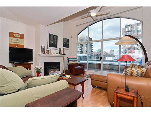 Main Photo: PH2 950 BIDWELL Street in Vancouver: West End VW Condo  (Vancouver West)  : MLS® # V838578