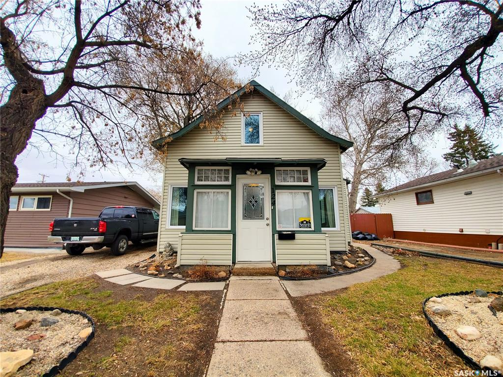 FEATURED LISTING: 124 Witney Avenue South Saskatoon