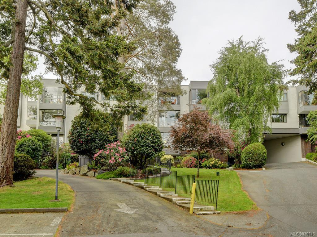 FEATURED LISTING: 316 - 1433 Faircliff Lane Victoria