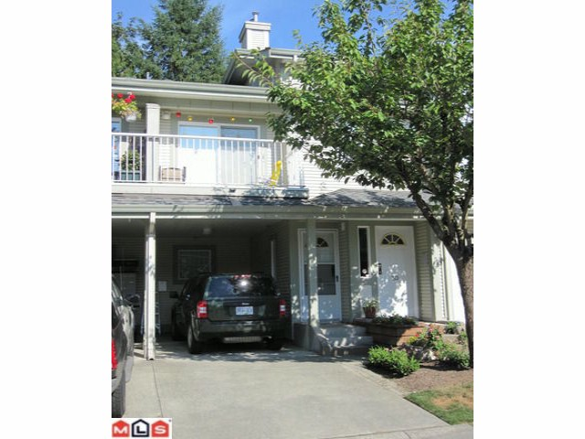 "Main Photo: 29 8892 208TH Street in Langley: Walnut Grove Townhouse for sale in ""HUNTER'S RUN"" : MLS®# F1021601"