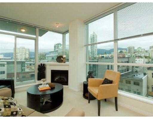 FEATURED LISTING: 707 - 138 ESPLANADE Street East North Vancouver