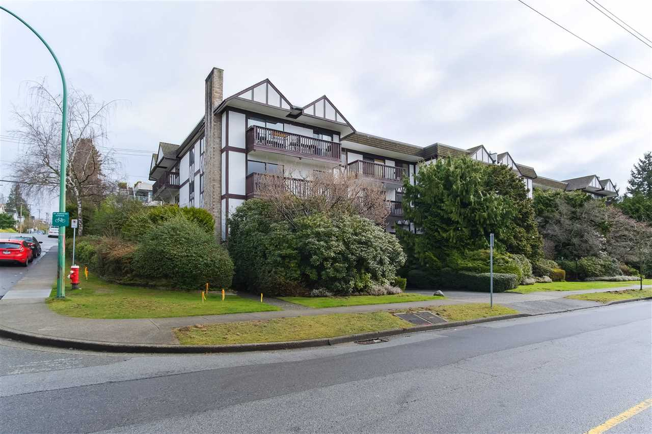 FEATURED LISTING: 203 310 3RD Street East North Vancouver