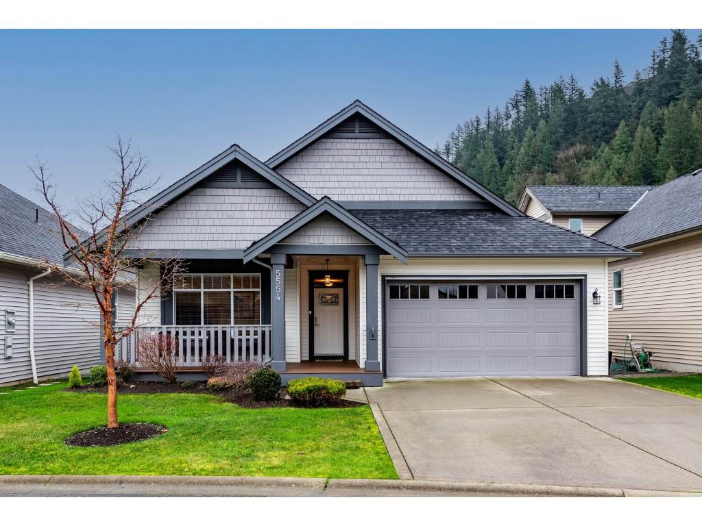 FEATURED LISTING: 5554 CAMDEN Drive Chilliwack