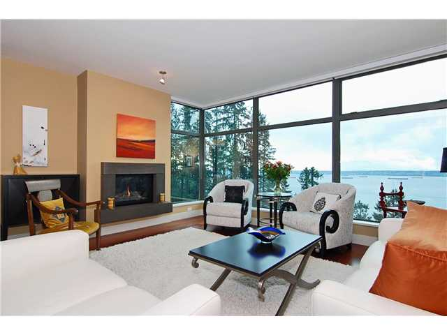 Photo 2: 501 3355 CYPRESS Place in West Vancouver: Cypress Park Estates Condo for sale : MLS(r) # V844975