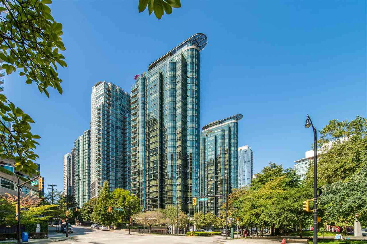 FEATURED LISTING: 2307 - 555 JERVIS Street Vancouver