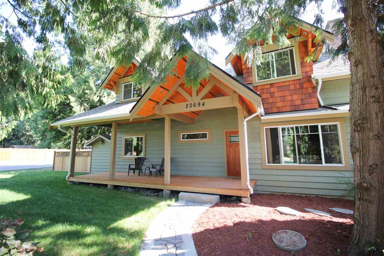 FEATURED LISTING: 20694 39 Avenue Langley