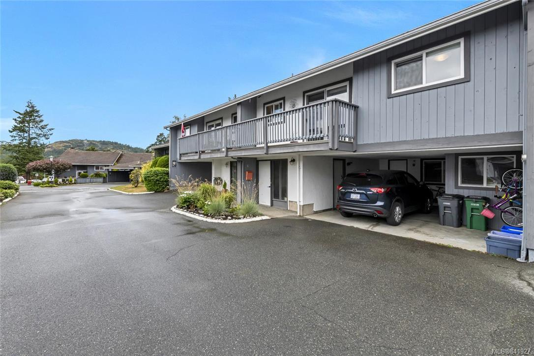 FEATURED LISTING: 5 - 4391 Torquay Dr Saanich