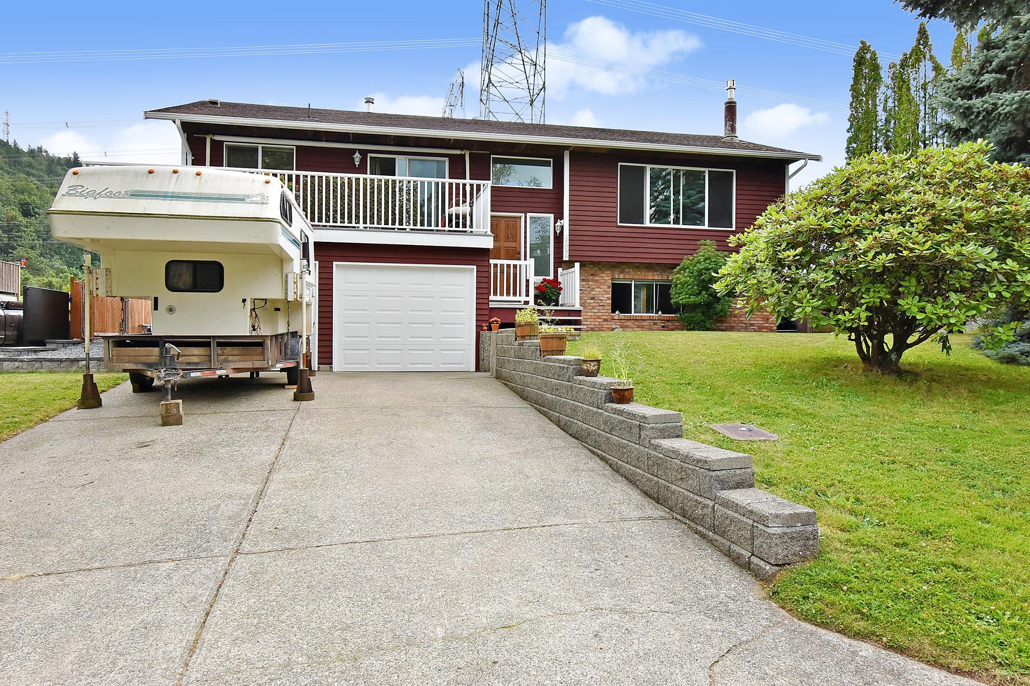 FEATURED LISTING: 35096 MORGAN Way Abbotsford