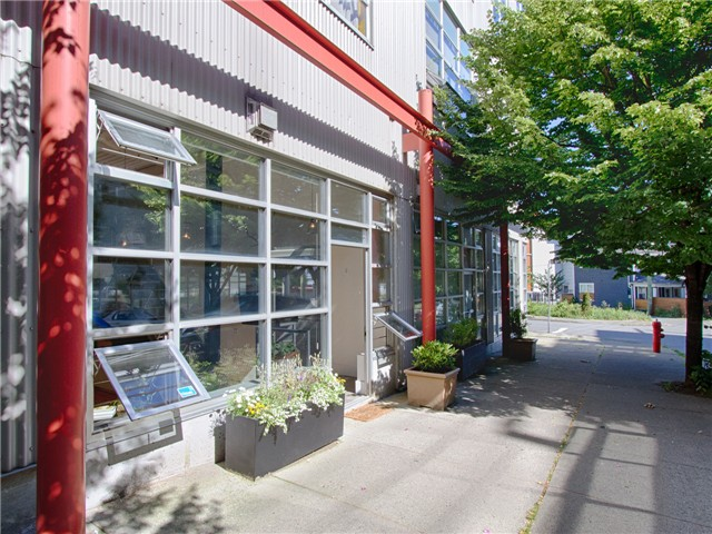 "Main Photo: 103 272 E 4TH Avenue in Vancouver: Mount Pleasant VE Condo for sale in ""THE MECCA"" (Vancouver East)  : MLS® # V1071046"
