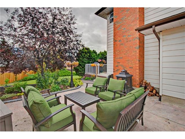 Photo 31: 545 RUNDLEVILLE Place NE in Calgary: Rundle House for sale : MLS® # C4079787