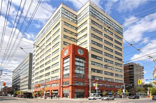 FEATURED LISTING: 402 - 700 King Street West Toronto