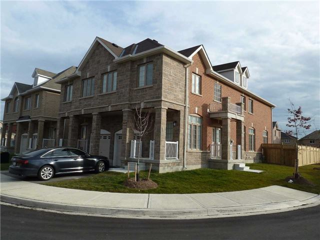 Main Photo: 848 Francine Crest in Mississauga: East Credit House (2-Storey) for sale : MLS® # W3371495