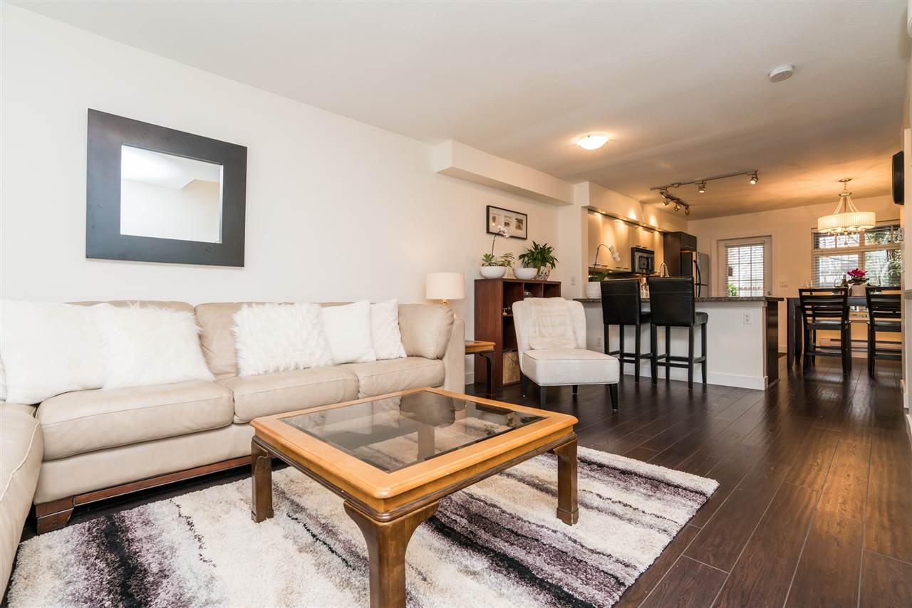"Main Photo: 5 19448 68 Avenue in Surrey: Clayton Townhouse for sale in ""NUOVO"" (Cloverdale)  : MLS®# R2151225"