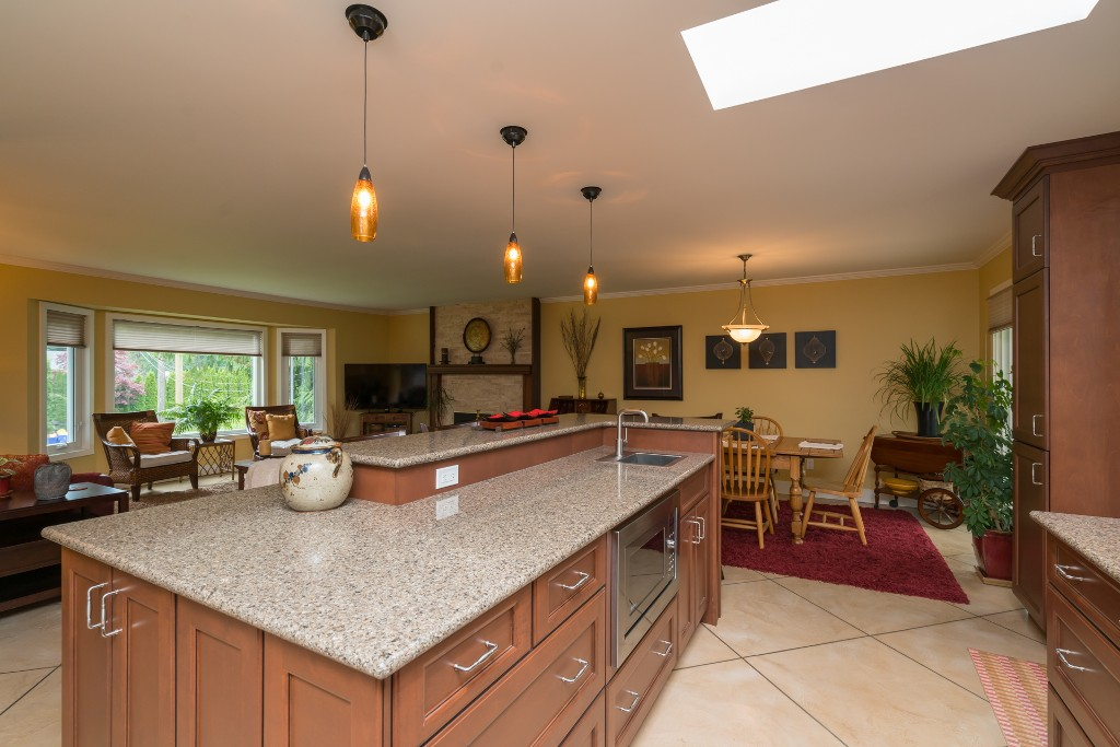 "Photo 7: 4733 SADDLEHORN Crescent in Langley: Salmon River House for sale in ""SALMON RIVER"" : MLS® # R2172074"