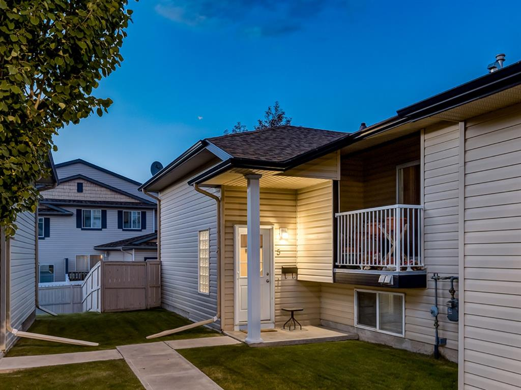 FEATURED LISTING: 5 - 103 ADDINGTON Drive Red Deer
