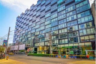 Main Photo: 821 629 King Street in Toronto: Waterfront Communities C1 Condo for lease (Toronto C01)  : MLS®# C4176954