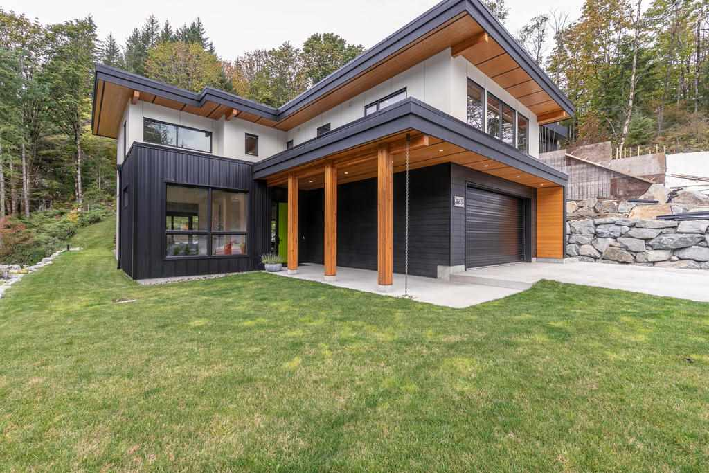 FEATURED LISTING: 38631 HIGH CREEK Place Squamish